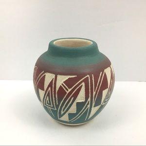 Mesa Verde Pottery Ute Tribe Signed 3 inch Vase